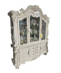 Beautiful Hutch and Buffet in White - 7777