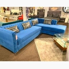2350 2 PC CANADIAN MADE SECTIONAL SOFA SET